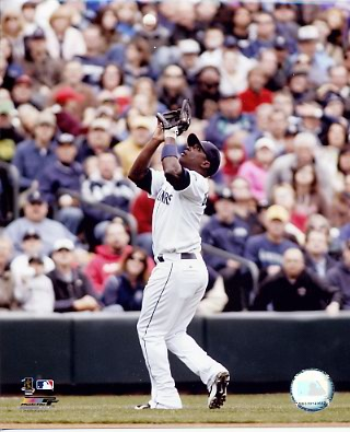 Yuniesky Betancourt Mariners 8X10 Photo