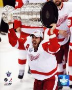 Henrik Zetterberg 2008 Stanley Cup Red Wings 8x10 Photo