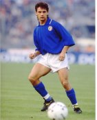 Roberto Baggio Men Soccer 8x10 Photo