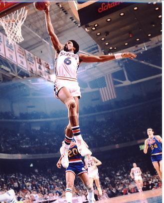 Julius Erving Philadelphia 76ers 8X10 Photo