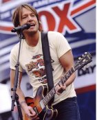 Keith Urban 2009 Daytona 500 Nascar Race 8X10 Photo