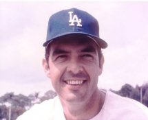 Jim Brewer Los Angeles Dodgers 8X10 Photo
