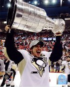 Sidney Crosby with 2009 Stanley Cup Penguins 8x10 Photo LIMITED STOCK