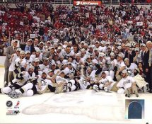 Pittsburgh 2009 Penguins Team Celebration On Ice Game 7 Stanley Cup Win SATIN 8x10 Photo LIMITED STOCK