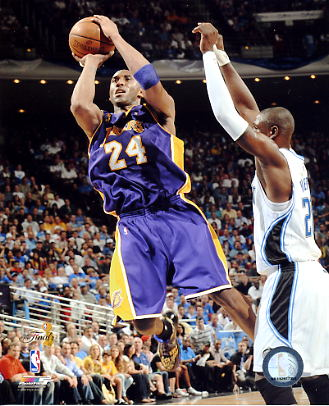 Kobe Bryant Game 4 NBA Finals 2009 LIMITED STOCK Los Angeles Lakers 8x10 Photo