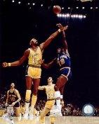 Willis Reed Vs Wilt Chamberlain New York Knicks SATIN 8X10 Photo LIMITED STOCK