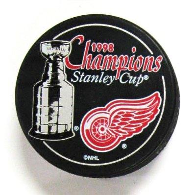 Detroit 1998 Red Wings Puck Stanley Cup Hockey Puck