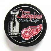 Detroit 1998 Red Wings Puck Stanley Cup Hockey Puck