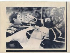 Pete Taglianetti Jets Original Press Photo Laser Paper Stock Includes Newsclipping w/ Caption on Back Approx. 8.5x11