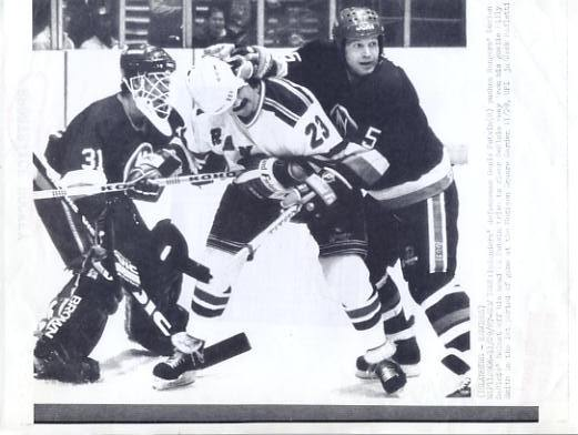 Denis Potvin & Billy Smith Islanders Original Press Photo Laser Paper Stock Includes Newsclipping w/ Caption on Back Approx. 8.5x11