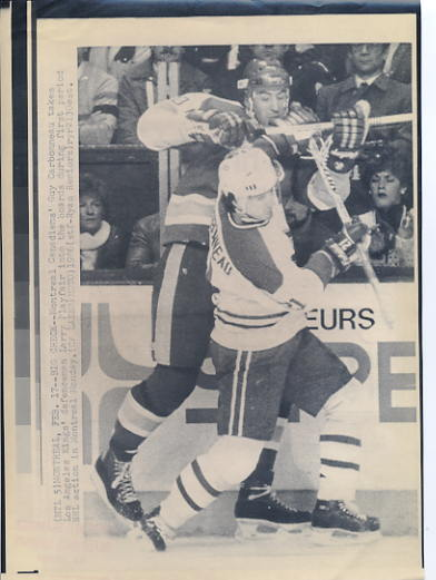 Larry Playfair Kings Original Press Photo Laser Paper Stock Includes Newsclipping w/ Caption on Back Approx. 8.5x11