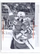 Steve Dykstra Sabres Original Press Photo Laser Paper Stock Includes Newsclipping w/ Caption on Back Approx. 8.5x11