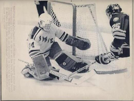 Dave Andreychuk Sabres & John Vanbiesbrouck Rangers Original Press Photo Laser Paper Stock Includes Newsclipping w/ Caption on Back Approx. 8.5x11