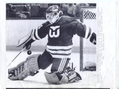 Steve Weeks Whalers Original Press Photo Laser Paper Stock Includes Newsclipping w/ Caption on Back Approx. 8.5x11