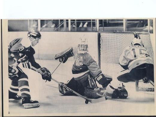 Al Jensen Capitals Original Press Photo Laser Paper Stock Includes Newsclipping w/ Caption on Back Approx. 8.5x11