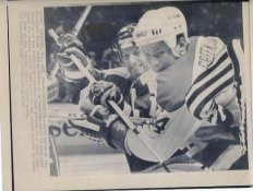 Jeff Greenlaw Capitals & Keith Acton North Stars Original Press Photo Laser Paper Stock Includes Newsclipping w/ Caption on Back Approx. 8.5x11
