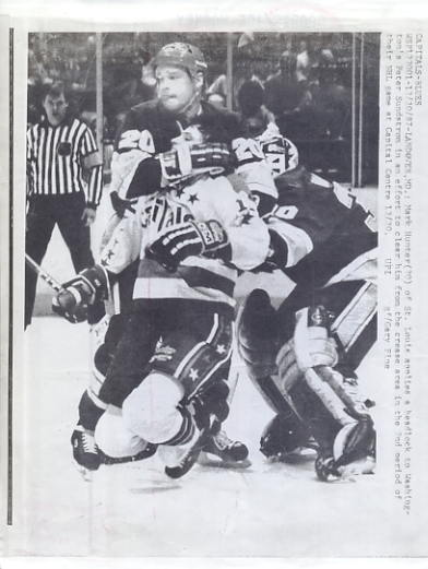 Peter Sundstrom Capitals & Mark Hunter Blues Original Press Photo Laser Paper Stock Includes Newsclipping w/ Caption on Back Approx. 8.5x11