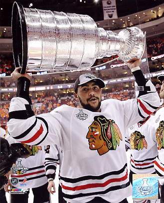 Dustin Byfuglien With 2010 Stanley Cup Chicago Blackhawks 8x10 Photo