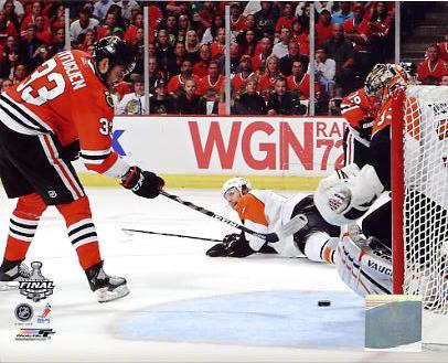 Dustin Byfuglien Game 5 Stanley Cup Finals 2010 Chicago Blackhawks 8x10 Photo