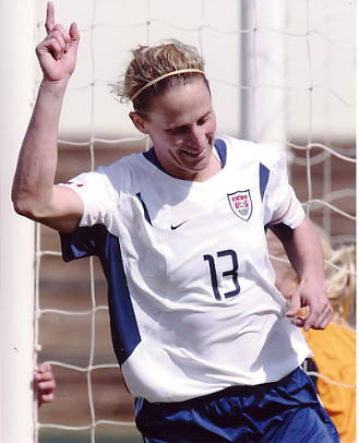 Christine Lilly US Soccer Player 8X10 Photo