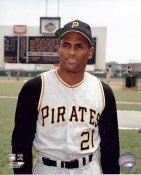 Roberto Clemente Pittsburgh Pirates 8X10 Photo