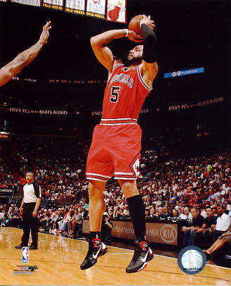 Carlos Boozer Chicago Bulls 8X10 Photo LIMITED STOCK