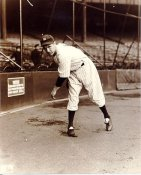 Lefty Gomez LIMITED STOCK New York Yankees 8X10 Photo