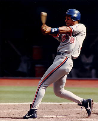 Moises Alou SUPER SALE Montreal Expos 8X10 Photo