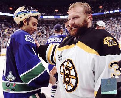 Roberto Luongo & Tim Thomas Game 7 Stanley Cup Finals 2011 Canucks/ Bruins 8x10 Photo