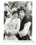 "Linda Ronstadt & Rex Smith ""The Pirates Of Penzance"" LIMITED STOCK 8X10 Photo"