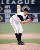 Oliver Perez LIMITED STOCK Pittsburgh Pirates 8X10 Photo