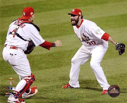 Jason Motte & Yadier Molina Celebrate 2011 World Series Win St. Louis Cardinals SATIN 8X10 Photo