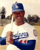 Manny Mota LIMITED STOCK Los Angeles Dodgers 8X10 Photo
