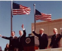 Jimmy Carter, George Bush, Gerald Ford & Bill Clinton LIMITED STOCK 8x10 Photo