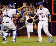 Johan Santana No Hitter Celebration NY Mets 8X10 Photo