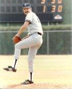 Rick Rhoden SUPER SALE Slight Crease New York Yankees 8X10 Photo
