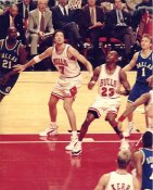 Toni Kukoc & Michael Jordan LIMITED STOCK Chicago Bulls 8X10 Photo