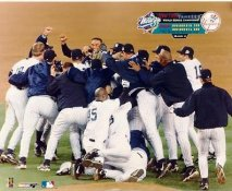 Chuck Knoblauch, Mariano Rivera, Derek Jeter, Orlando Hernandez, Roger Clemens 1999 World Series Champs LIMITED STOCK No Hologram New York Yankees 8X10 Photo