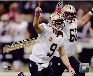 Drew Brees Breaks Unitas Record Throws a TD Pass in 48 Straight Games NO Saints 8X10 Photo