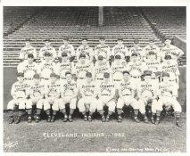 Jim Bagby, Ken Keltner, George Susce, Lou Boudreau, Oris Hockett, Roy Weatherly, Vern Kennedy LIMITED STOCK 1942 Cleveland Indians Vintage Baseball Team Photo 8X10 Photo