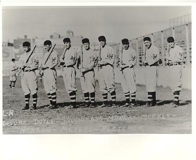 Josh DeVore, Larry Doyle, Fred Snodgrass, Red Murray, Fred Merkle LIMITED STOCK New York Giants Vintage Baseball Team Photo 8X10 Photo