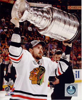 Dave Bolland W/ Stanley Cup Chicago Blackhawks 2013 Stanley Cup Champions SATIN 8x10 Photo