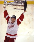 Luc Robitaille with 2002 Stanley Cup Detroit Red Wings 8x10 Photo