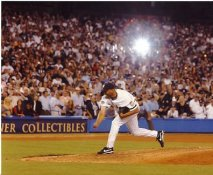 Mariano Rivera Final Pitch New York Yankees 8X10 Photo
