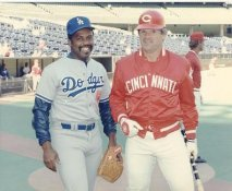 Pete Rose & Unknown Dodger ( Tony Brewer ?) LIMITED STOCK Cincinnati Reds 8X10 Photo